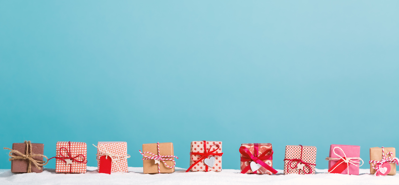 Christmas_presents 1500 x 700