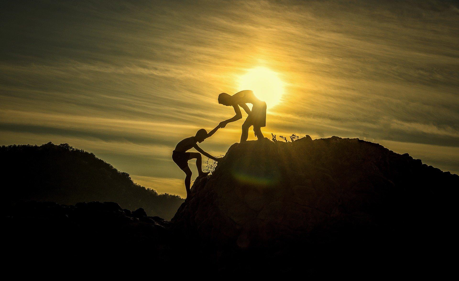 Hemmeligheden til succes i salg og marketing er tæt samarbejde